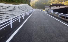 藤本建設 土木工事施工実績 道路改良工事04